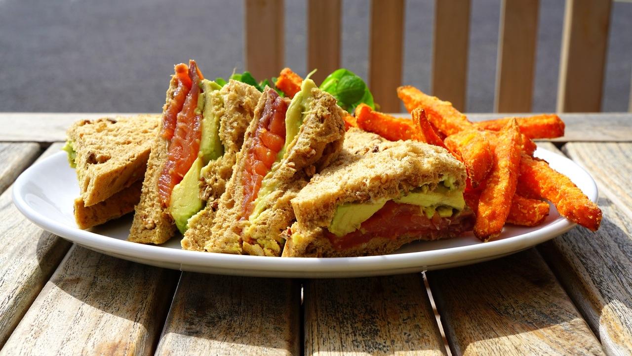 Simple Vegetable Sandwich