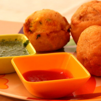 3 Coloured Pakoda