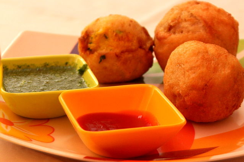 3 Colored Pakoda /  Colorful Indian fritters