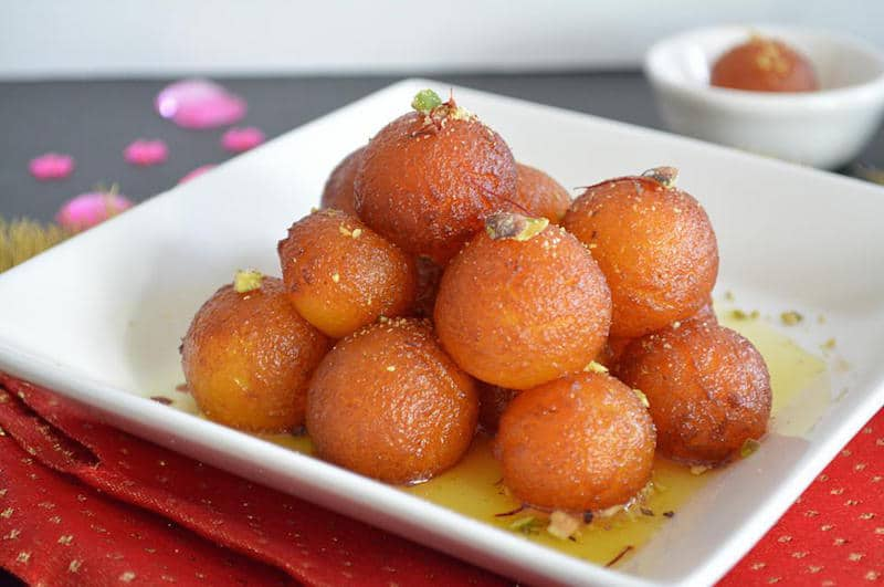 Instant Double Coloured Gulab Jamun