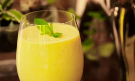 Recipe : Mango Yogurt Smoothie (Lassi)