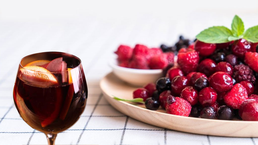 Non-Alcoholic Sangria with Cranberry Juice