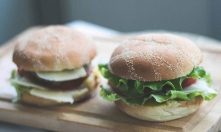 Recipe : Vegetarian Cheese Burger