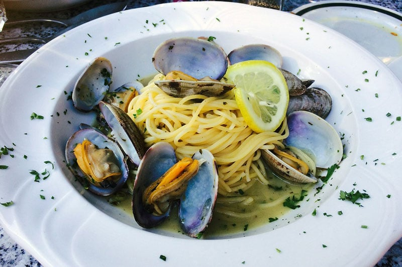 Recipe : Garlic Chilli Mussels Pasta