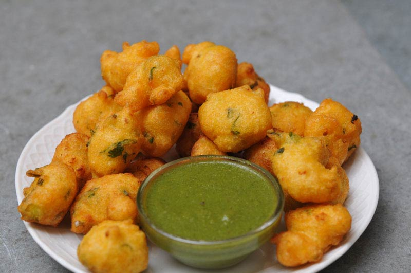 Mix Vegetable Pakora (Fried Fritters)