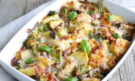 Recipe : Cheesy Broccoli and Potato Casserole