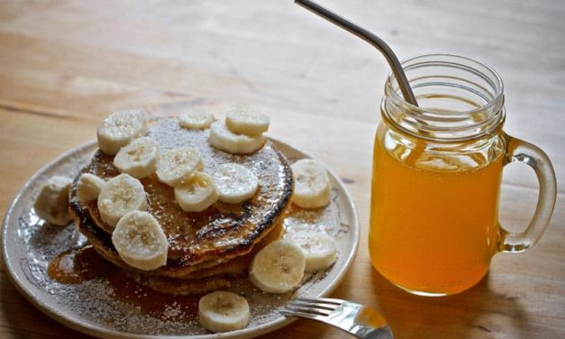 Recipe : Healthy Eggless Banana Pancake