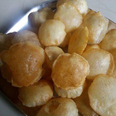 Homemade Golgappa Puri