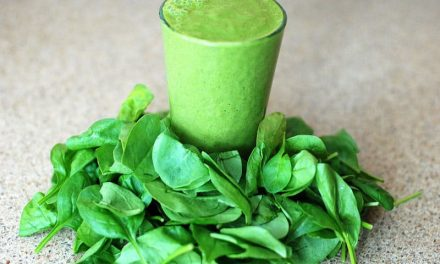 Recipe : Peanut Butter Spinach Banana Smoothie