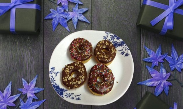 Recipe : Peanut Butter Protein Doughnuts with Chocolate Frosting
