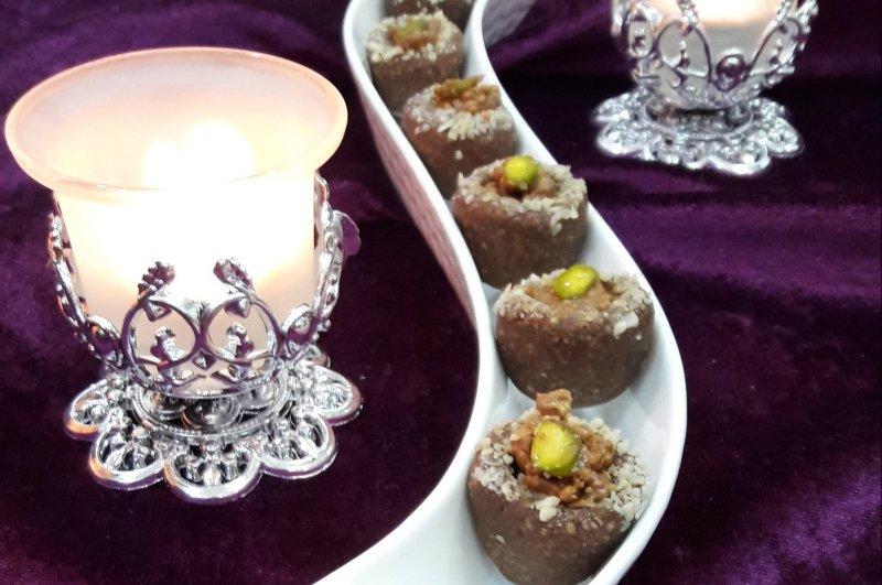 Recipe : Vegan Nuts Stuffed Dates Balls